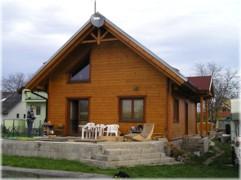 Maison en bois en kit 2.1