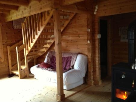salon maison en bois