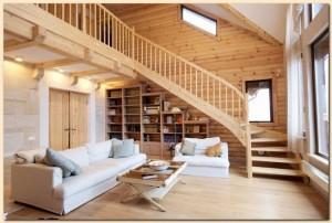 Intérieur d'une construction en bois